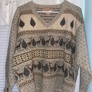 WoolRich wool n Lamb wool Holiday V-Neck Sweater